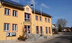 Das Rathaus in Ammerthal
