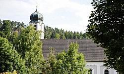 Kirche in Adertshausen